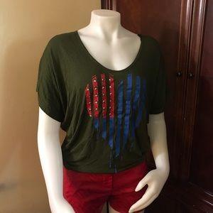 🆕 Finesse Green Short-Sleeve Top-Med
